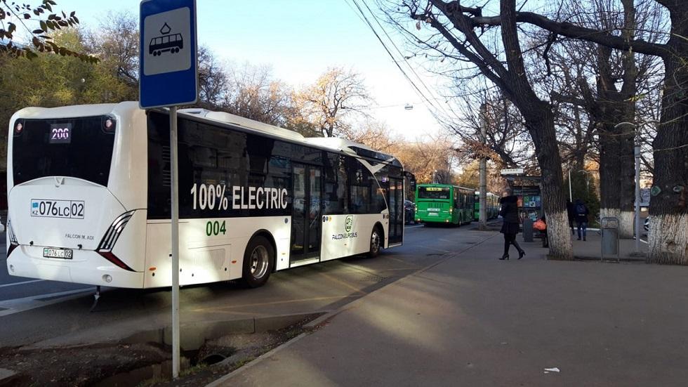 Общественный транспорт Алматы будет ходить до 19:00