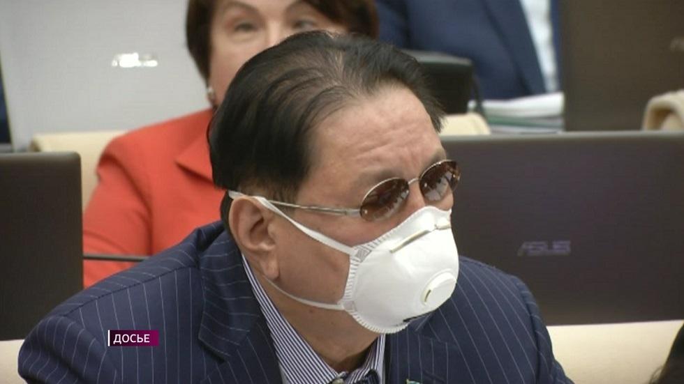 Казахстанские депутаты старше 65 лет не будут посещать пленарные заседания