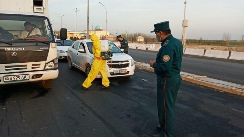 В Узбекистане запретят поездки на личном автомобиле