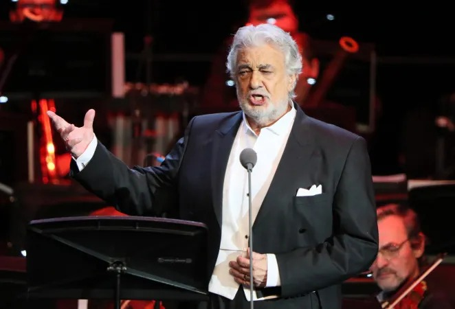 Ухудшилось состояние зараженного коронавирусом оперного певца Пласидо Доминго