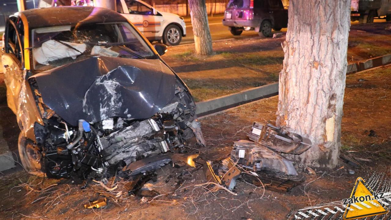 ДТП с каршеринговым авто произошло в Алматы