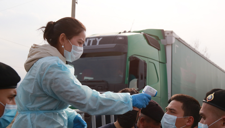 386 человек заражены COVID-19 в Казахстане
