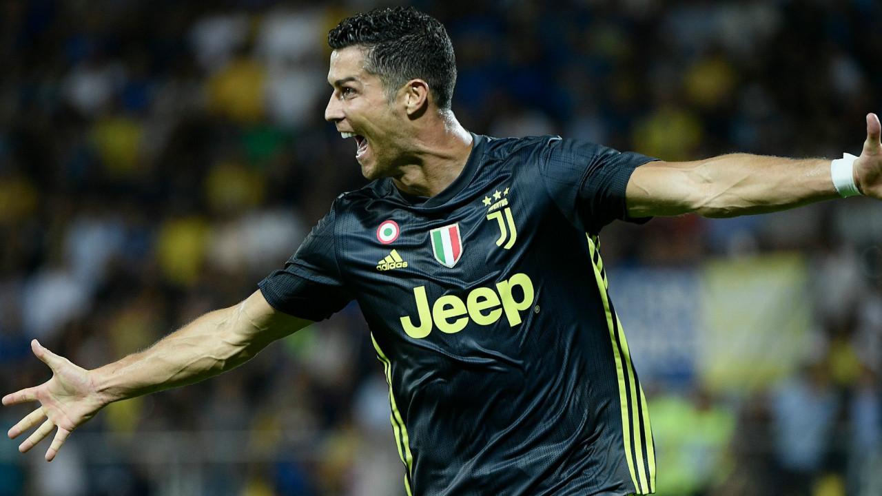 Криштиану Роналду станет первым футболистом заработавшим миллиард долларов