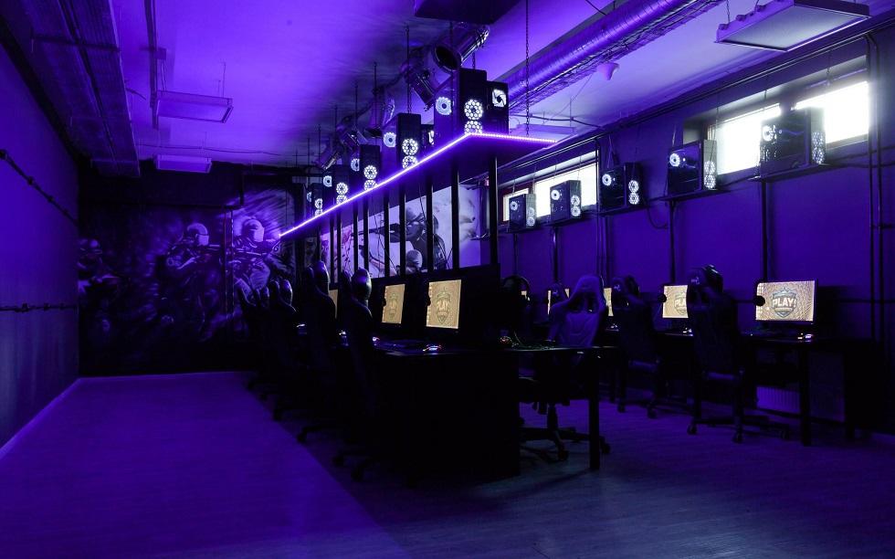 Вопреки запретам: компьютерный клуб работал в Алматы | Almaty.tv