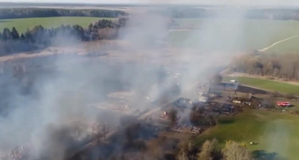 Пенсионер поджег траву и спалил деревню