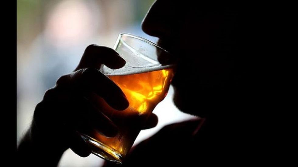 Карантин и выпивка: злоупотребление алкоголем вызывает восприимчивость к пневмонии