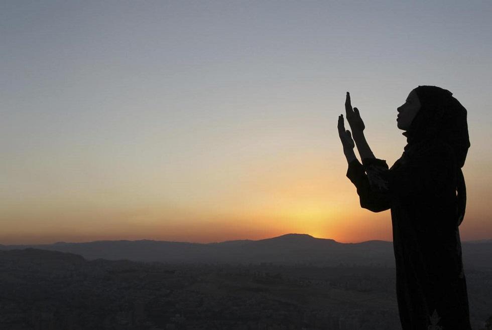 Миллионы мусульман по всему миру в полночь начнут отмечать Рамазан