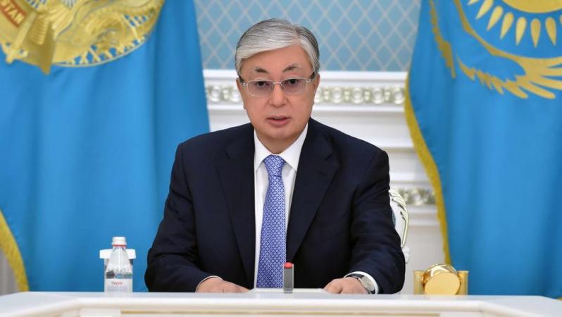 Касым-Жомарт Токаев поздравил казахстанцев с Днем защитника Отечества