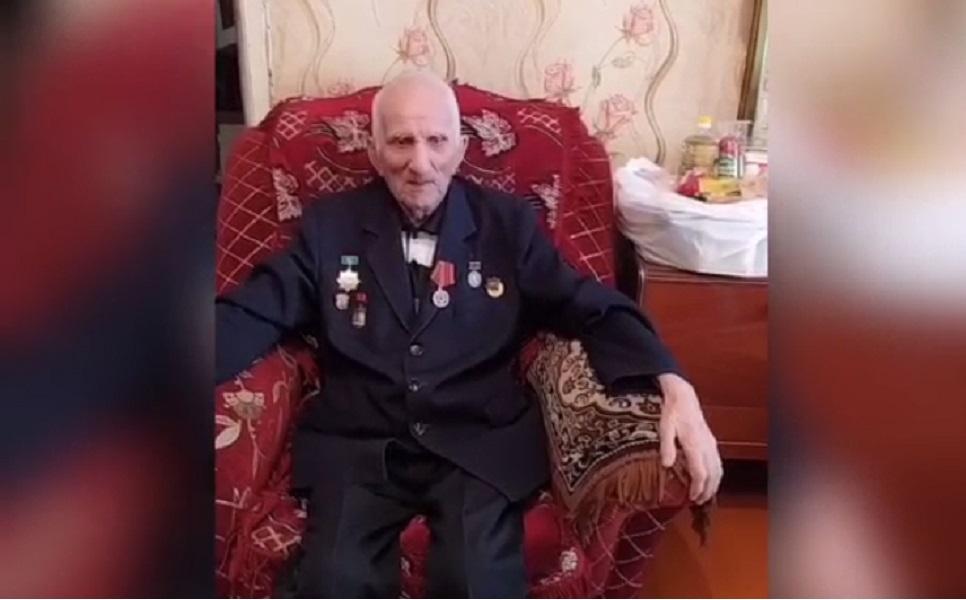 Ветераны поблагодарили врачей поликлиники №9 Алматы