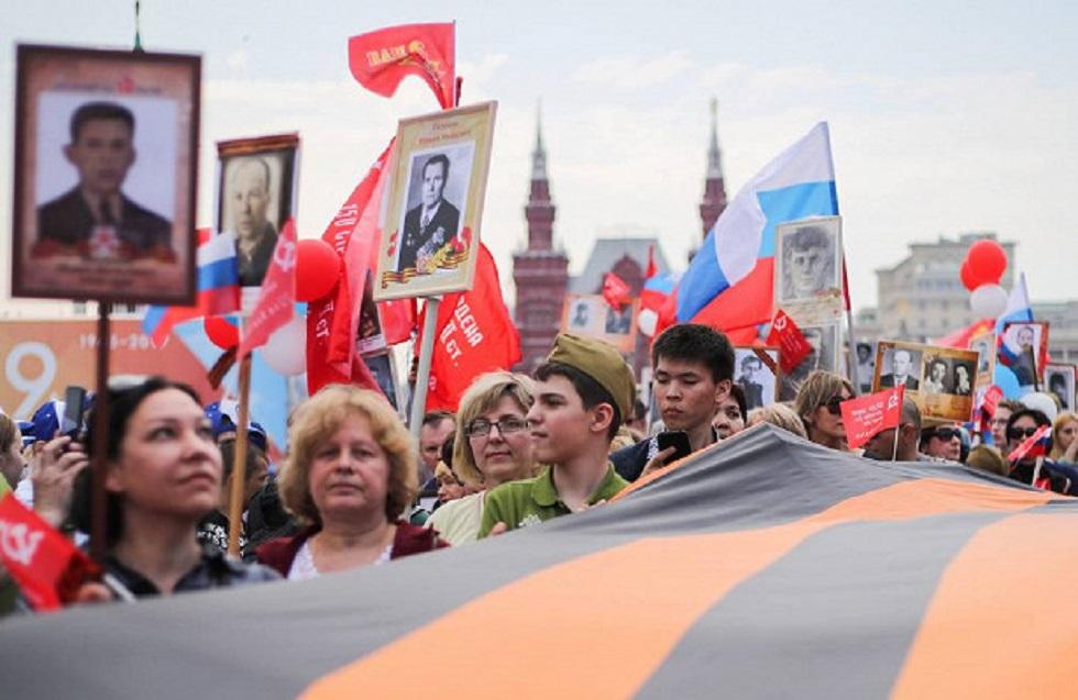 Вспомнили ветеранов вопреки карантину: 9 мая люди вышли на улицу и провели ежегодную акцию
