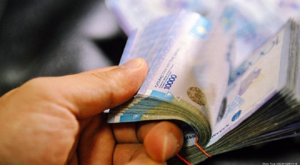 Бухгалтер и директор школы похитили свыше 8 млн тенге в Павлодарской области