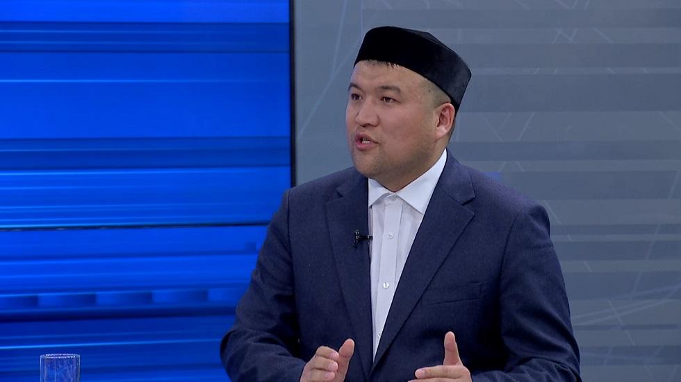 Главный имам Алматы Еркинбек Шокай в эфире AKIMAT LIVE