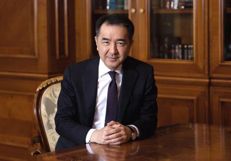 Аким Алматы Бакытжан Сагинтаев поздравил мусульман с праздником Ораза айт