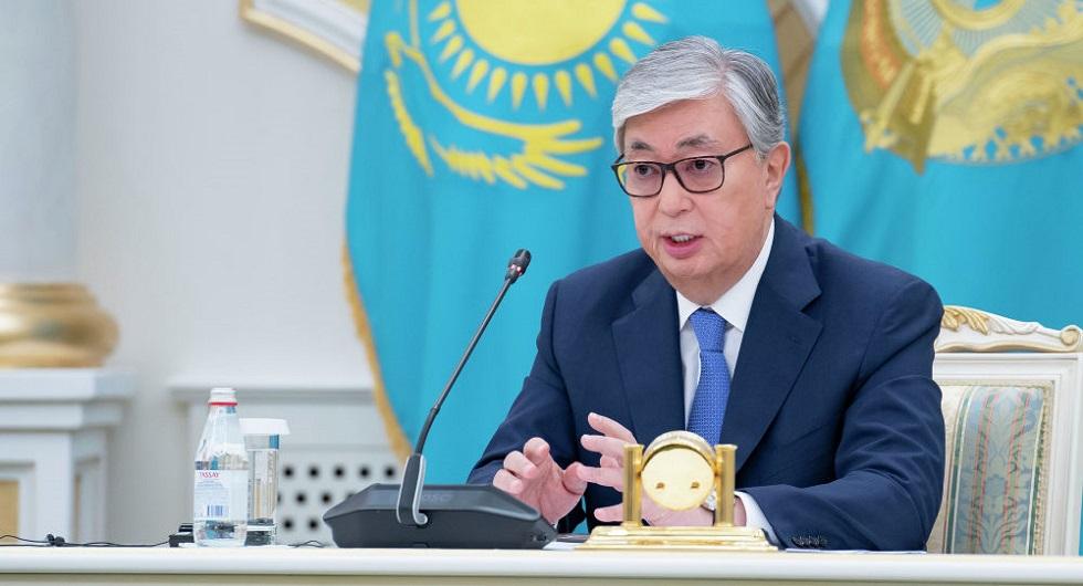 """""""Уверен, что и это испытание он успешно преодолеет"""" - Токаев о заражении Назарбаева коронавирусом"""