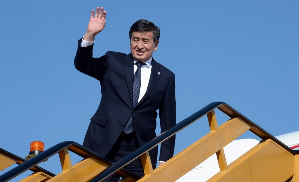 Президент Кыргызстана не полетел в Москву на парад Победы