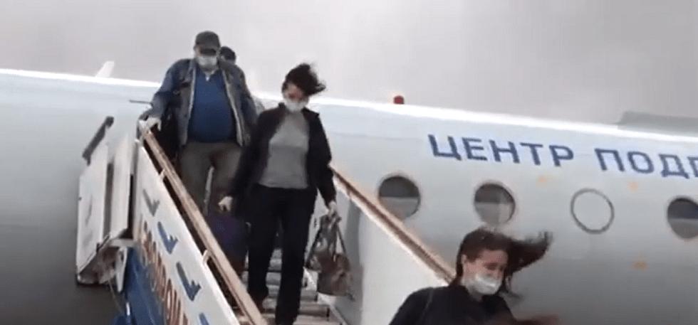 Российские медики прибыли в Казахстан для помощи в борьбе с COVID-19