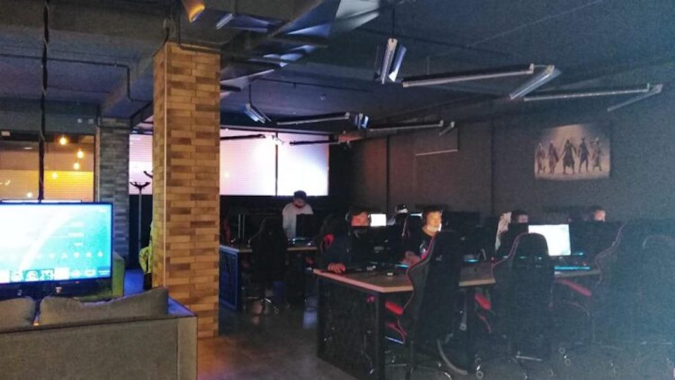В Караганде компьютерный клуб принимал детей во время карантина