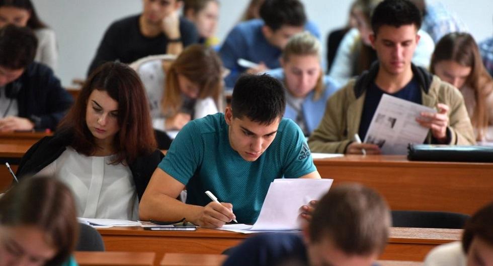 О стоимости обучения в вузах в новом году высказался министр образования Казахстана