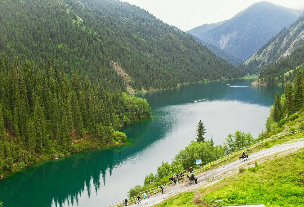 Кольсайские озера закроют до окончания карантина