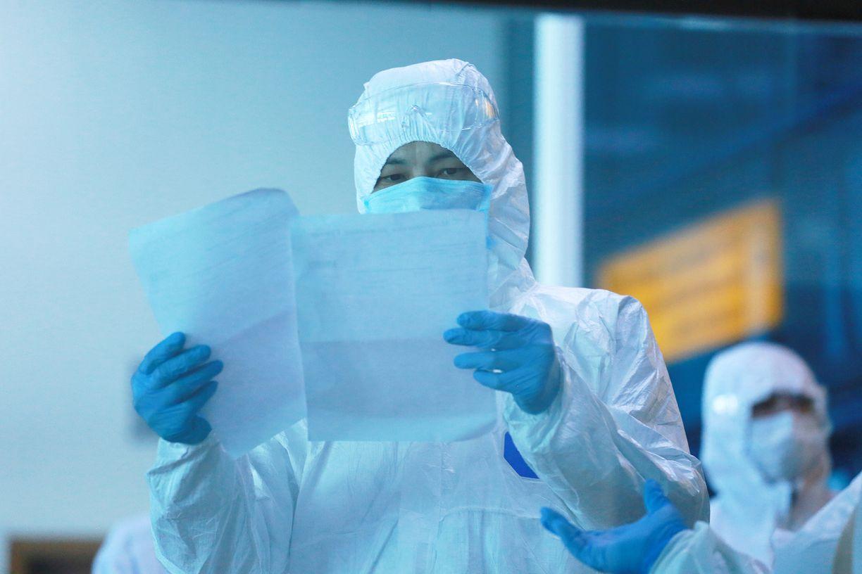 В Нур-Султане 1 049 врачей заболели COVID-19