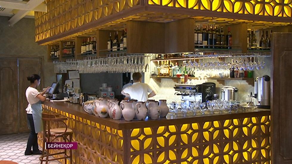 В Казахстане возобновили работу рестораны и кафе в ТРЦ
