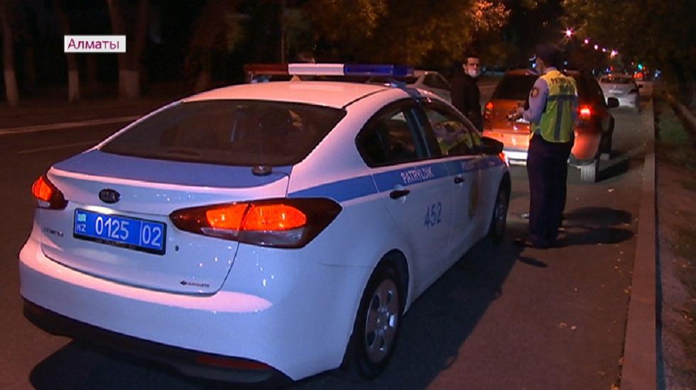 Почти 900 нарушений ПДД выявили в Алматы за сутки