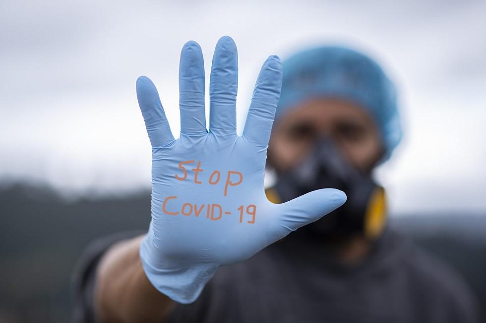 Переболевшие COVID-19 должны продолжать носить маски и соблюдать социальную дистанцию – ученый