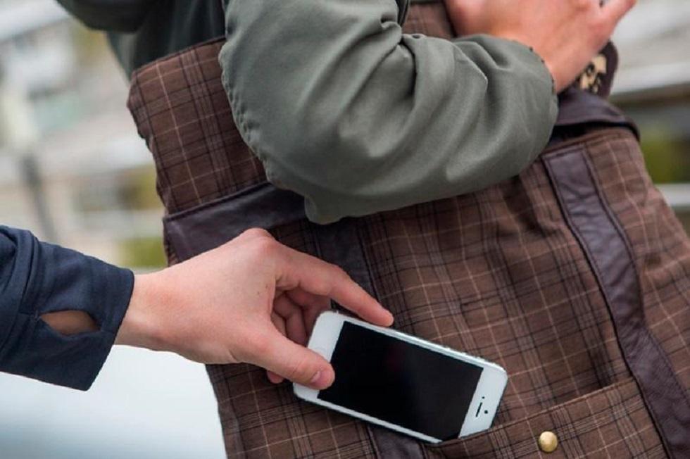 Бес жыл бұрын ұрланған алматылықтың телефоны елордада табылды
