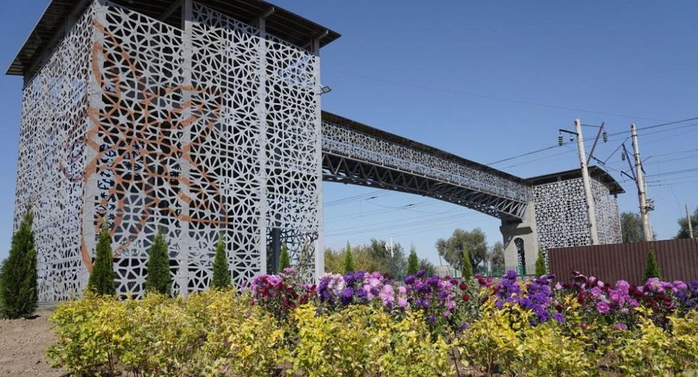 Пешеходный мост открыли на станции Шамалган, где произошло страшное ДТП