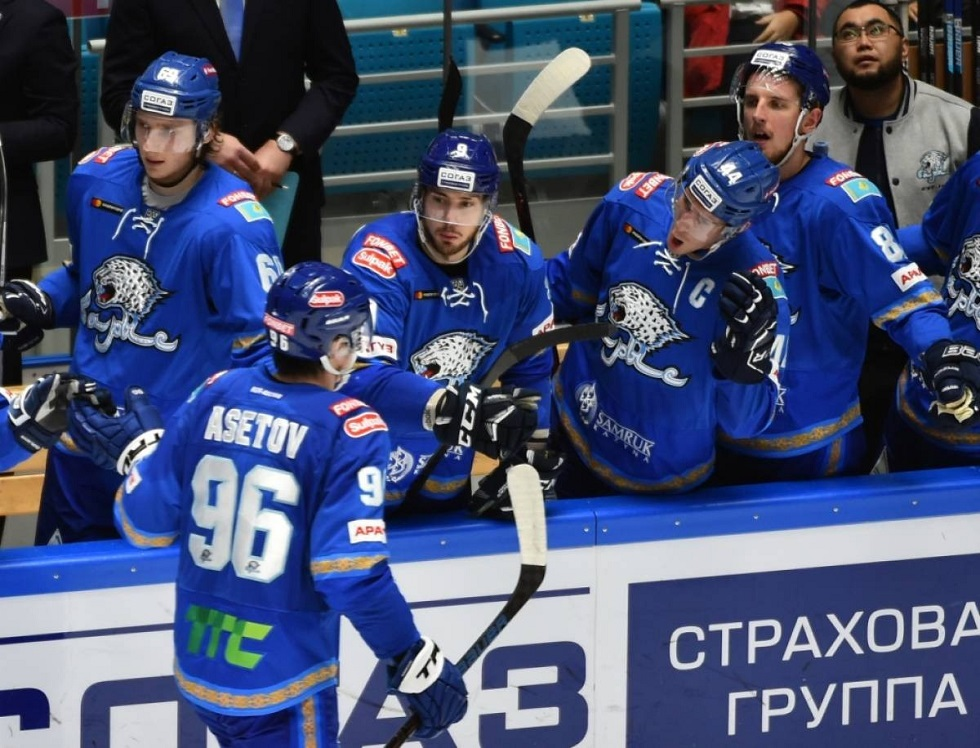 Хоккей: в «Барысе» увеличилось число зараженных коронавирусом
