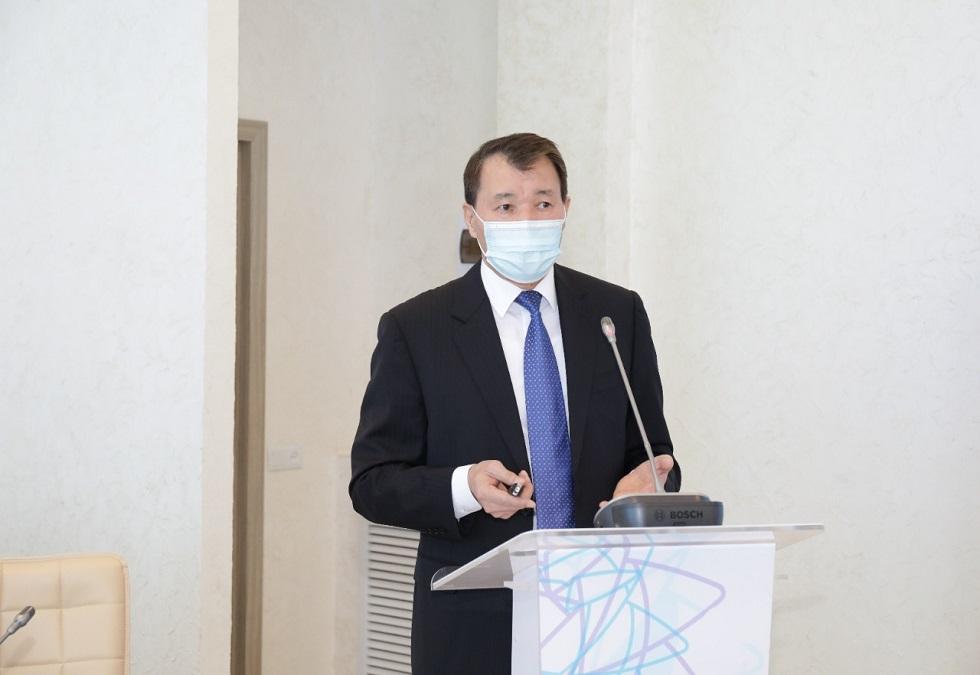 А. Шпекбаев встретился с членами попечительского совета «Транспаренси Казахстан»