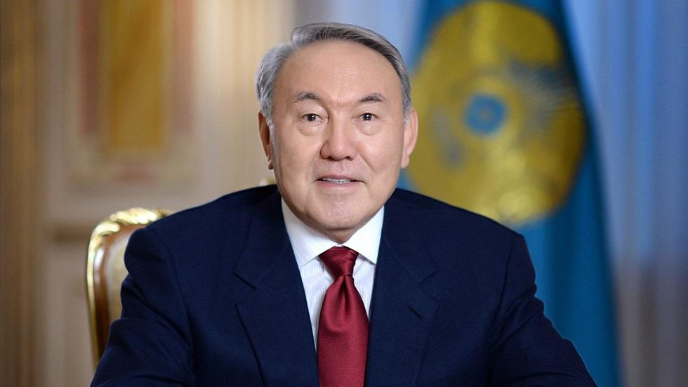 Назарбаев встретился с шейхом Мансуром