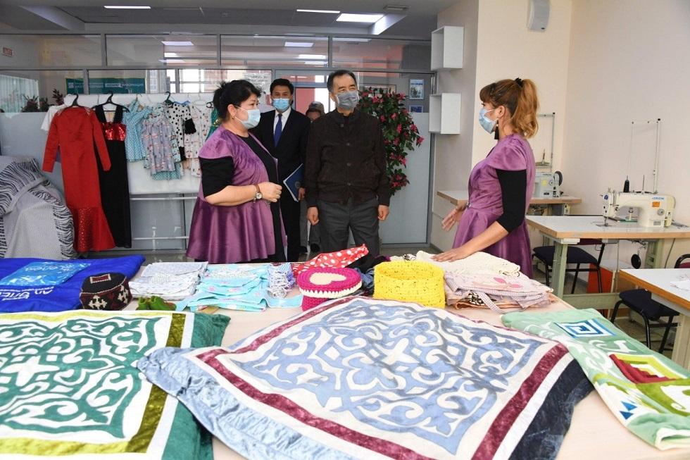 Бакытжан Сагинтаев: «Бақытты отбасы» становятся центрами деловой активности многодетных мам
