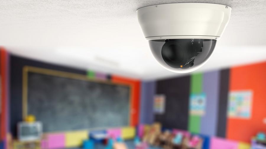 В Алматы дополнительно установят систему видеонаблюдения в 205 организациях среднего образования