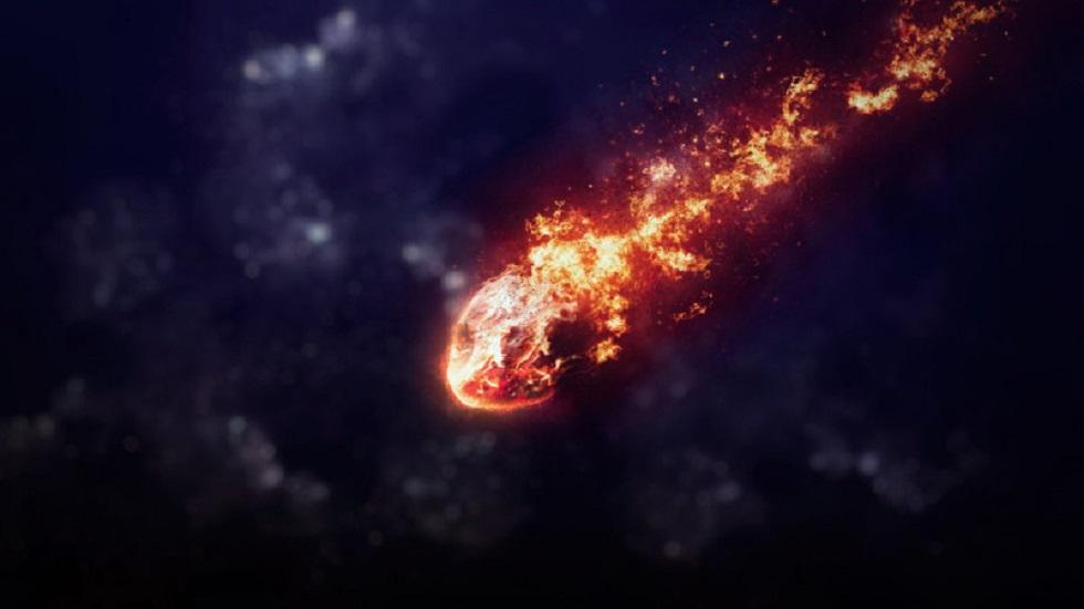 Опубликовано видео падения метеорита в Ливане