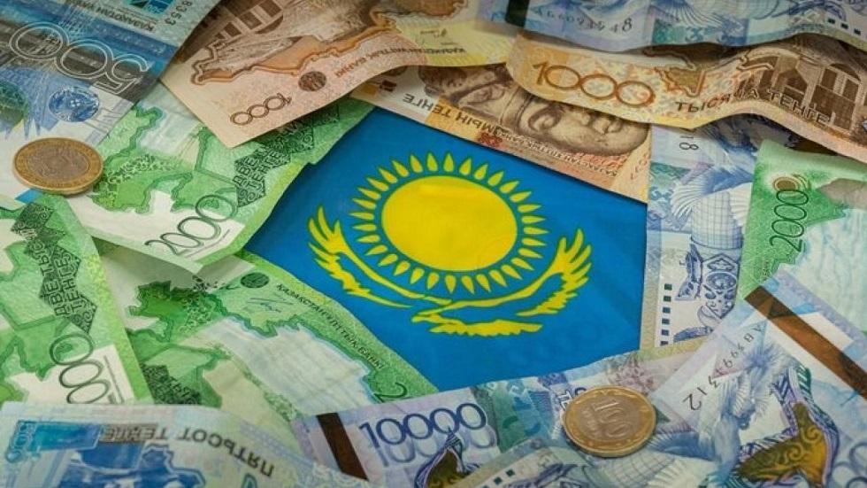 Казахстанскому тенге исполнилось двадцать семь лет