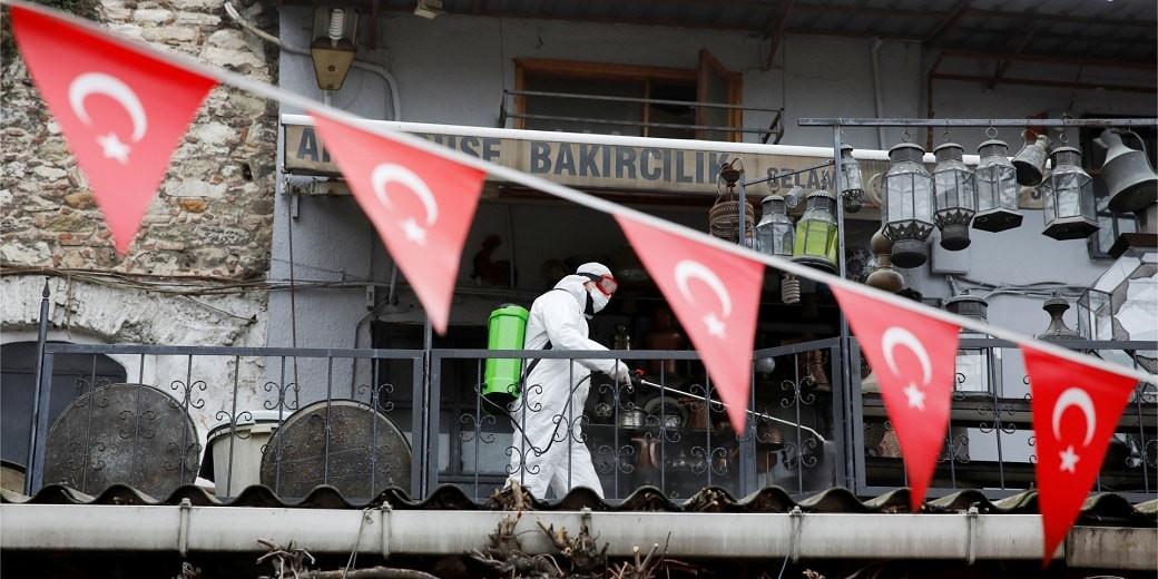 Третий пик пандемии COVID-19 зафиксировали в Турции