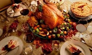 Новую вспышку коронавируса спровоцируют семейные ужины на День благодарения в США