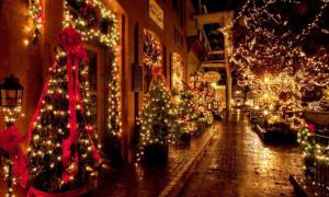 Санврач Англии не советует обнимать и целовать родственников на Рождество