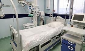 Новый рекорд смертности от коронавируса зафиксирован в России