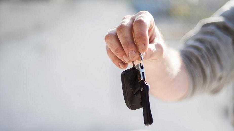 Житель Павлодара остался без автомобиля за долги по алиментам