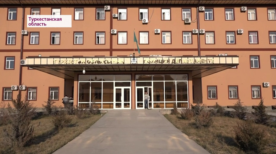 Отец 10 лет насиловал дочь в Туркестанской области: суд вынес приговор