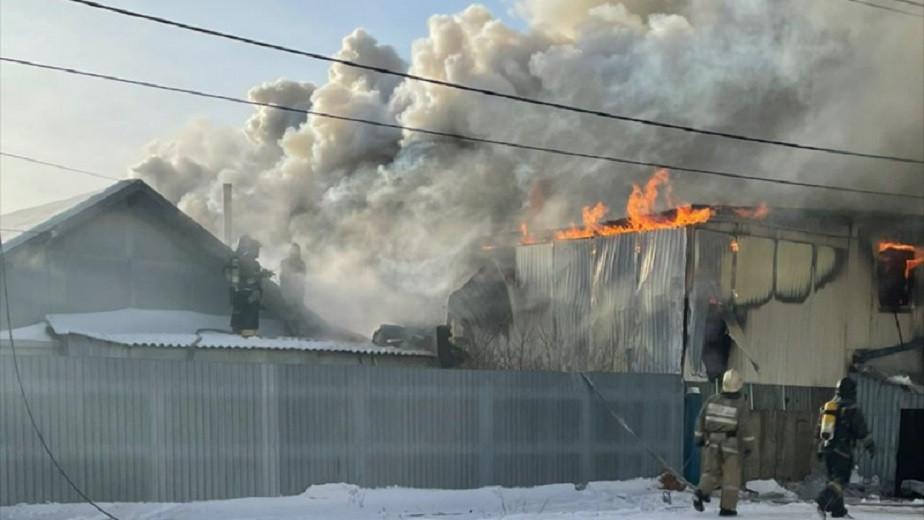 Популярное кафе загорелось в Павлодаре