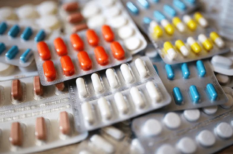 Какие лекарства нельзя принимать при COVID-19