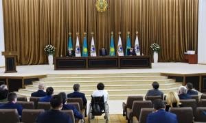 Аким Алматы Б. Сагинтаев поблагодарил депутатов VI созыва за проделанную работу