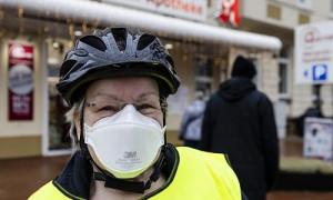 COVID-19 в Европе: в Германии вместо масок обязали носить респираторы