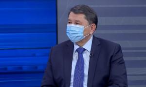 Жандарбек Бекшин ответил на вопросы алматинцев