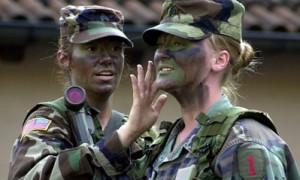 Солдаты с накрашенными губами: в армии США меняют требования к внешнему виду женщин-военнослужащих