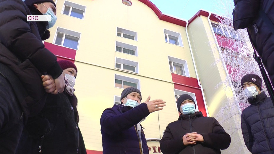 Сотрудников драмтеатра им. С. Муканова лишают квартир, выданных акимом