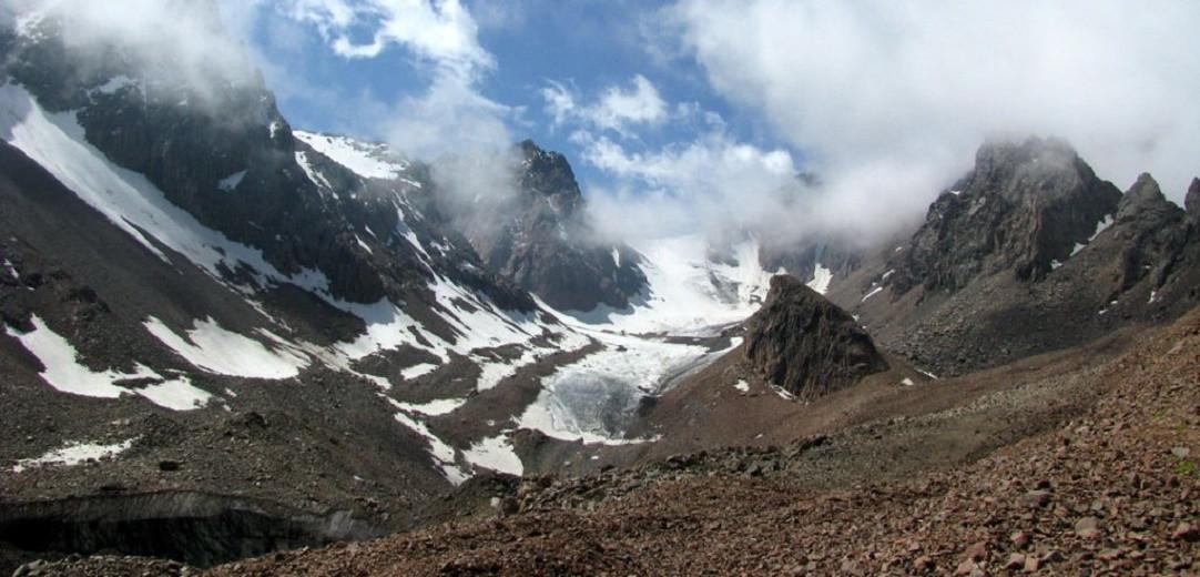 Алматинцев призывают на время воздержаться от походов на ледник Богдановича